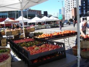 Dewey-Sq-_farmers_market