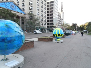globes-for-a-coller-planet