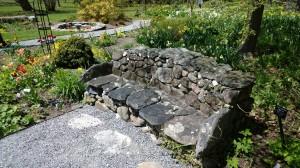 Blithewold-stone-bench