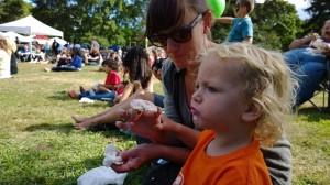 concert-critic-with-ice-cream