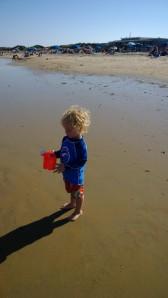 long-shadow-at-beach