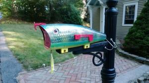 fishing-lure-mailbox