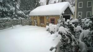 012715-snow-Concord-MA-stil-coming-down