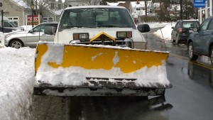 012815-snow-plow-in-mass