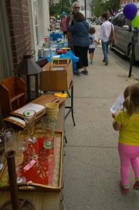 072515-sidewalk-sale