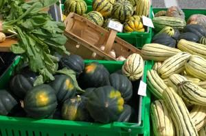 091215-farmers-market