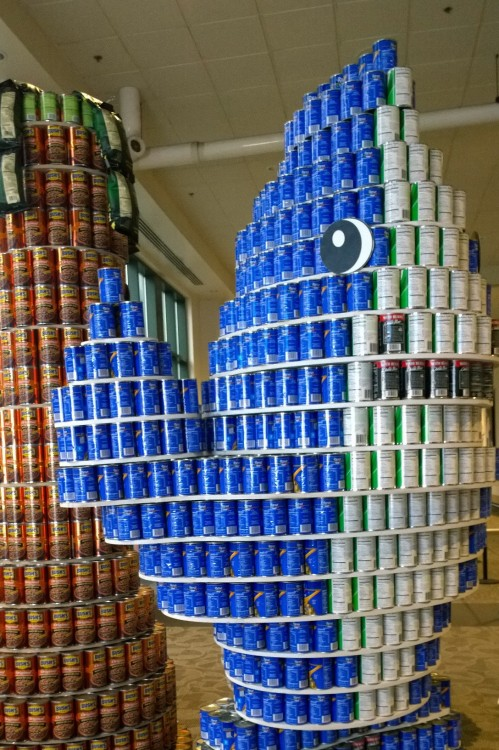 031516-left-shark-recreated-in-cans