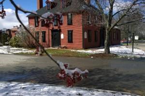 040316-spring-snow-Wright-Tavern