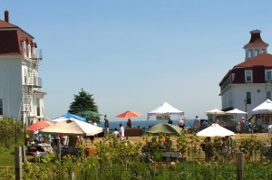 082416-farmers-market-New-Shoreham