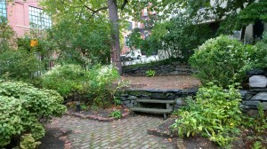 092016-preservationists-share-garden