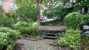 092016-preservationists-share-garden
