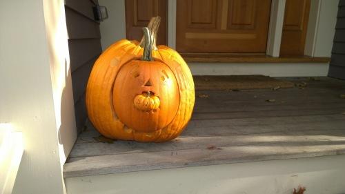 103115-toothy-pumpkin