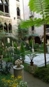 111716-gardner-museum-cloister