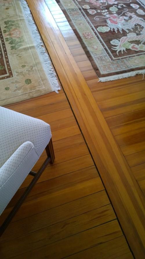 032317-rugs-on-wood-floor