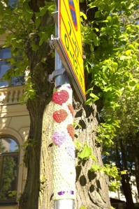 052717-knitting-on-sign-post