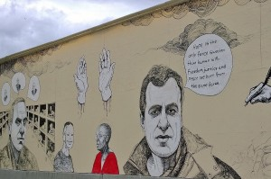 060617-freedom-of-speech-mural-Oslo