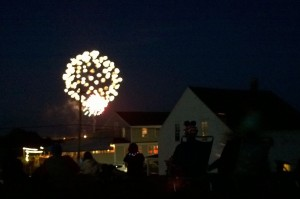 070217-fireworks-New_Shoreham-RI