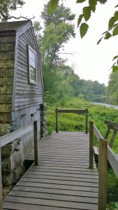091517-Old-Manse-boathouse