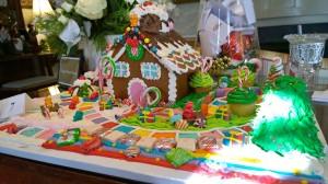 122017-annual-gingerbread-display
