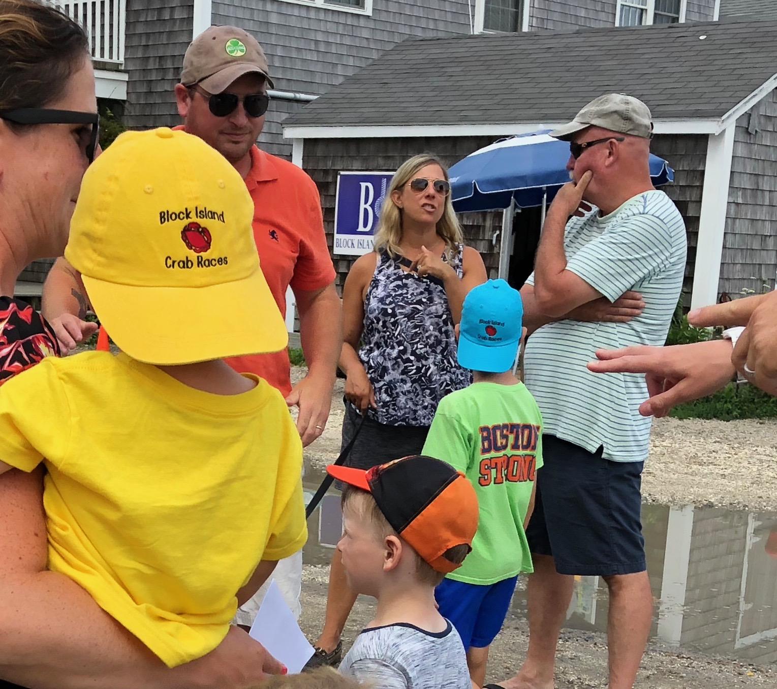 081218-.crab-race-hat