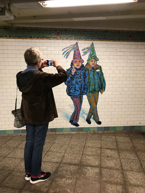 102318-photographing-subway-mosaic