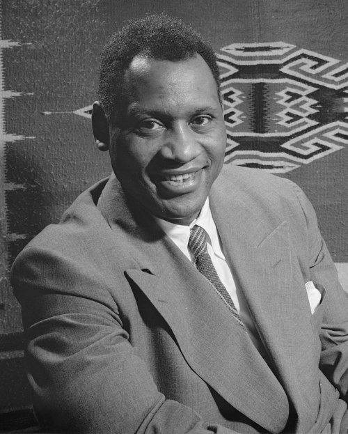 800px-Paul_Robeson_1942_crop