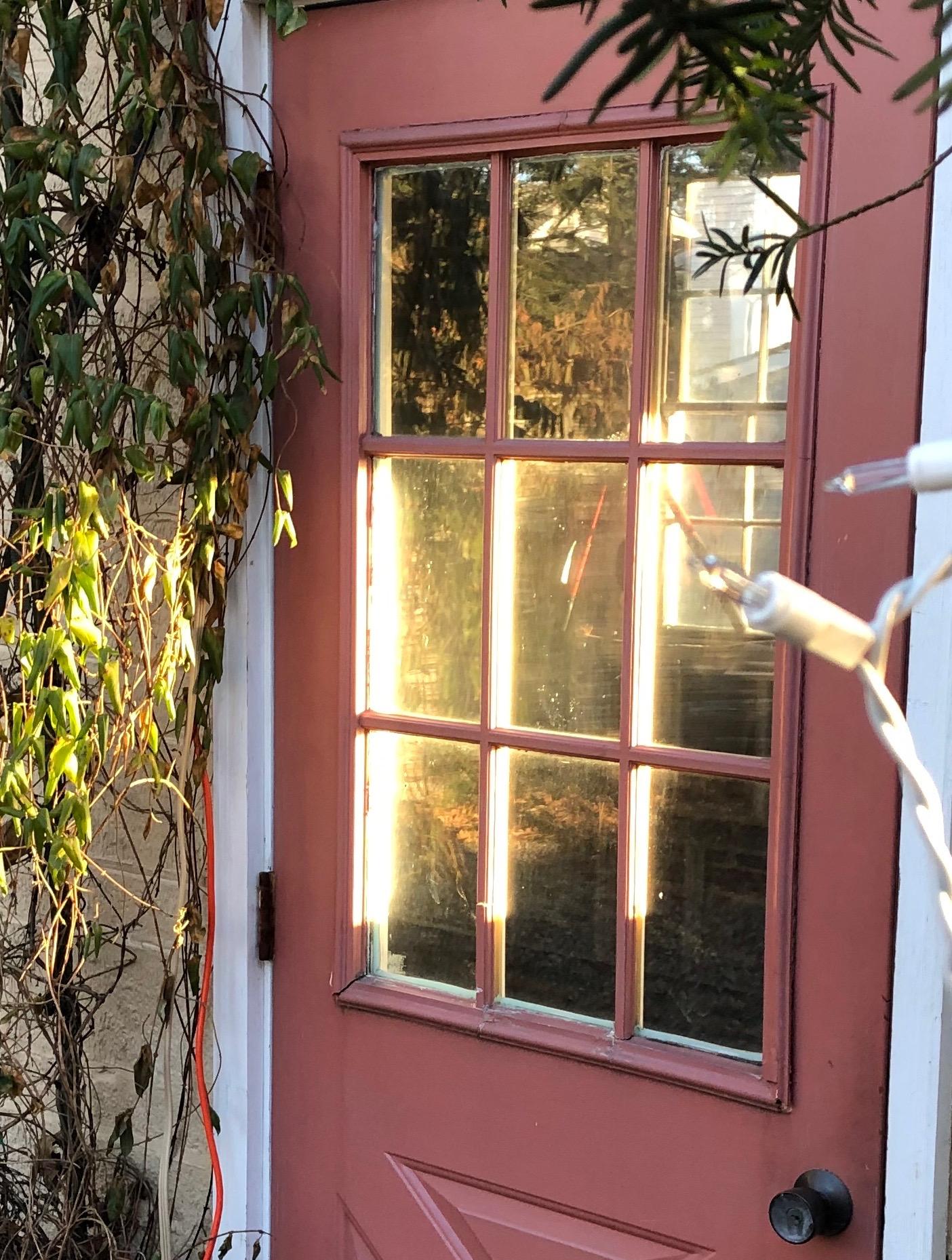 011119-early-sunshine-garage-door
