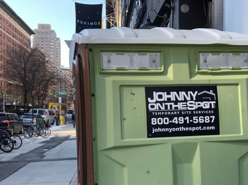 021419-porta-potty-for-the-collection