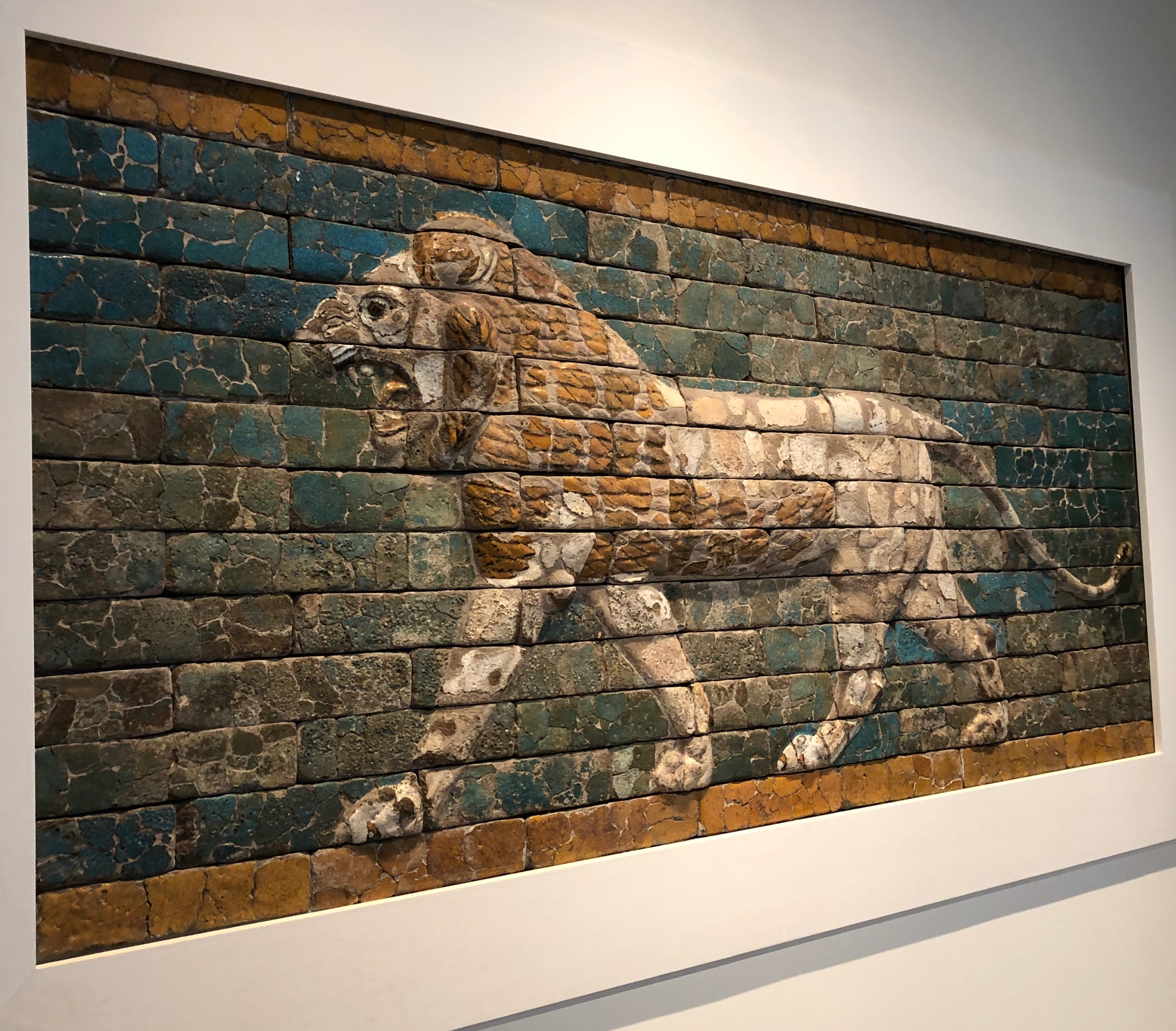 031919-Babylonian-lion-at-RISD