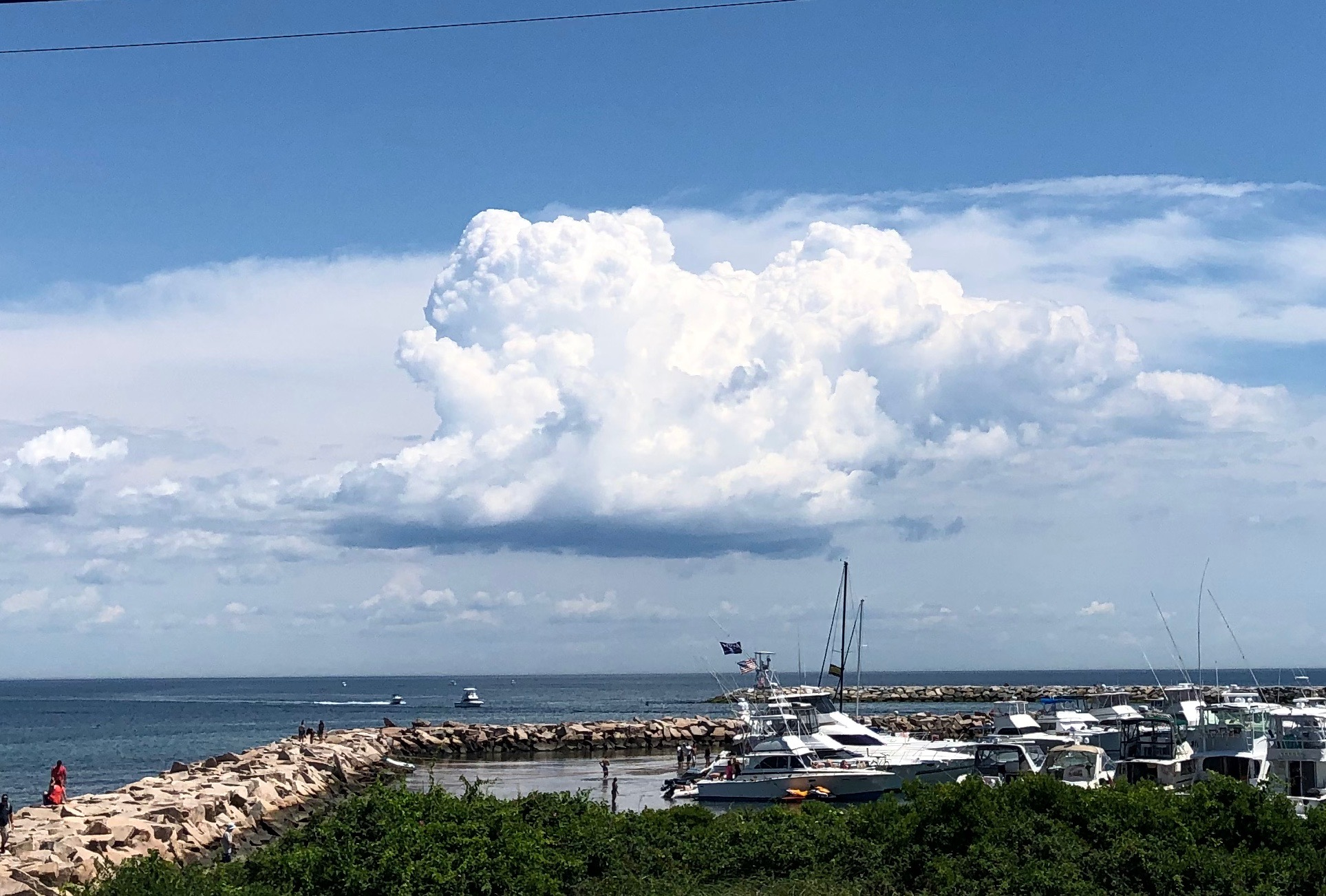 063019-cloud-New-Shoreham-Old-Harbor