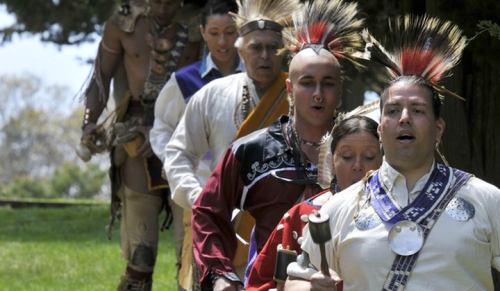 wampanoag_nation_singers_and_dancers