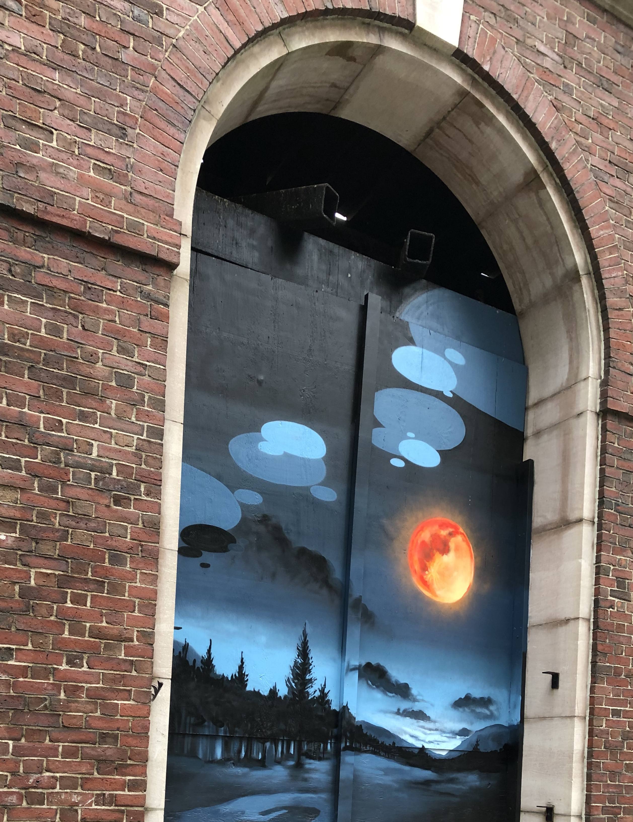 102919-blood-moon-mural