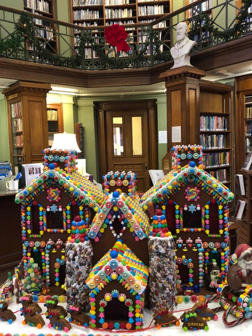 121119-Concord-Library-gingerbread