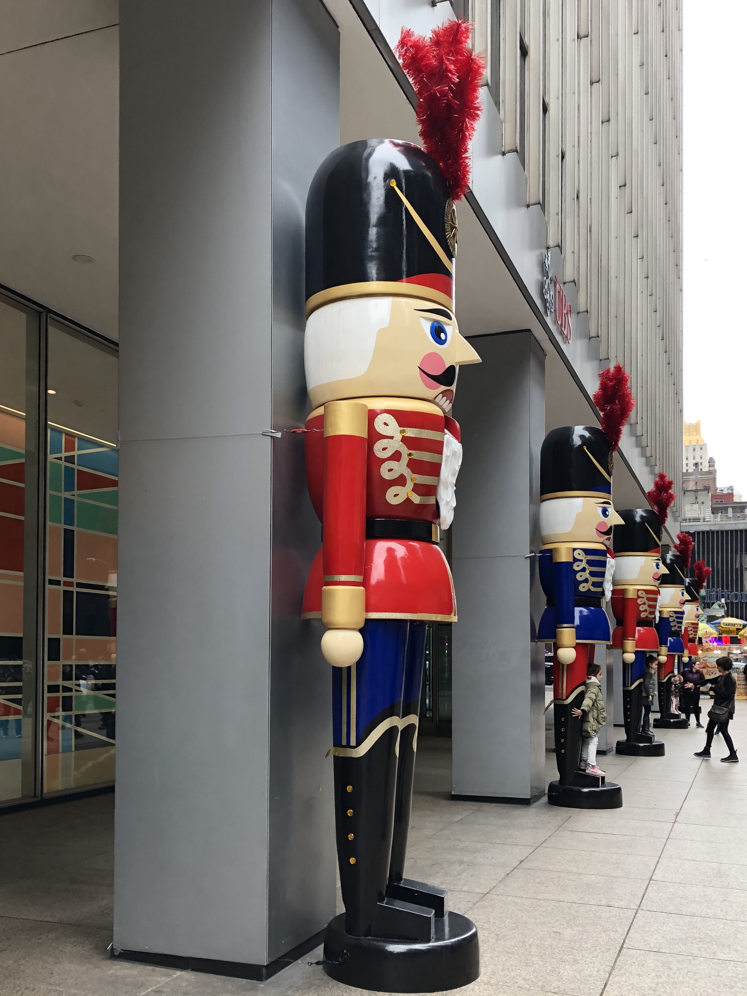 122719-huge-toy-soldier-Manhattan
