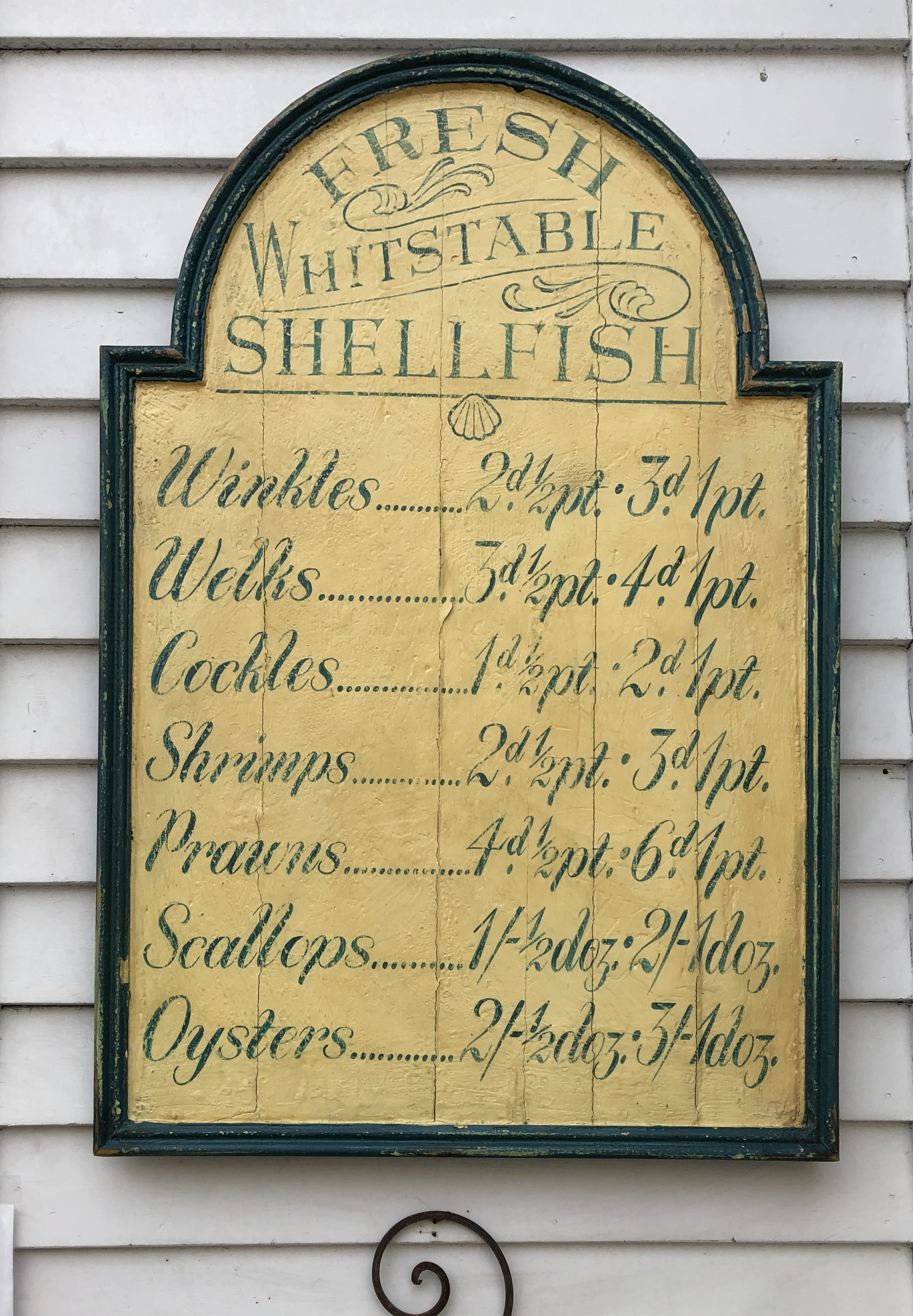 073020-antique-seafood-sign
